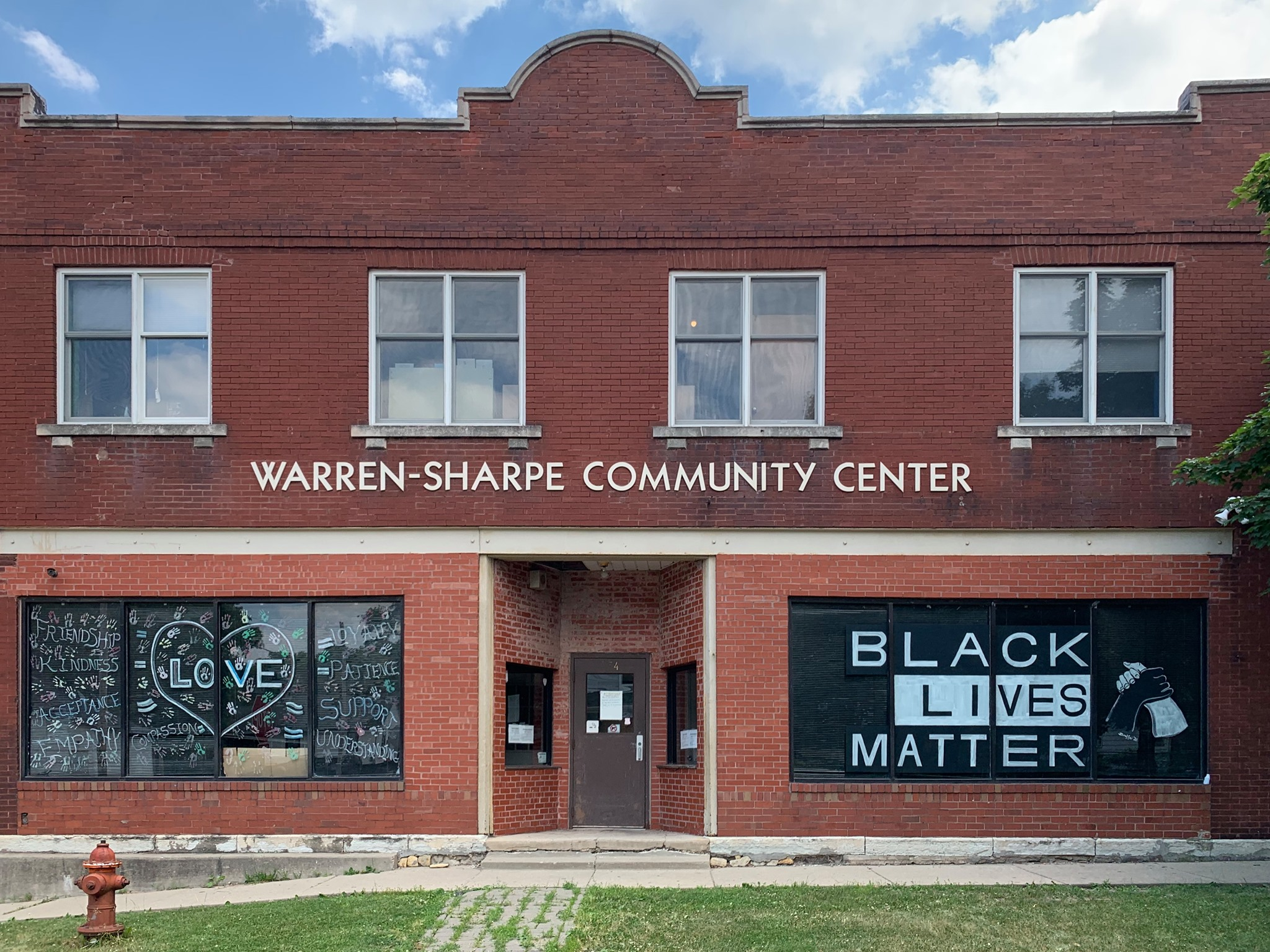 Warren Sharpe Community Center - Food Pantry