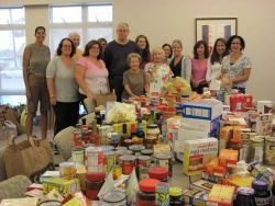 Jewish Family Service Emergency Food Pantry