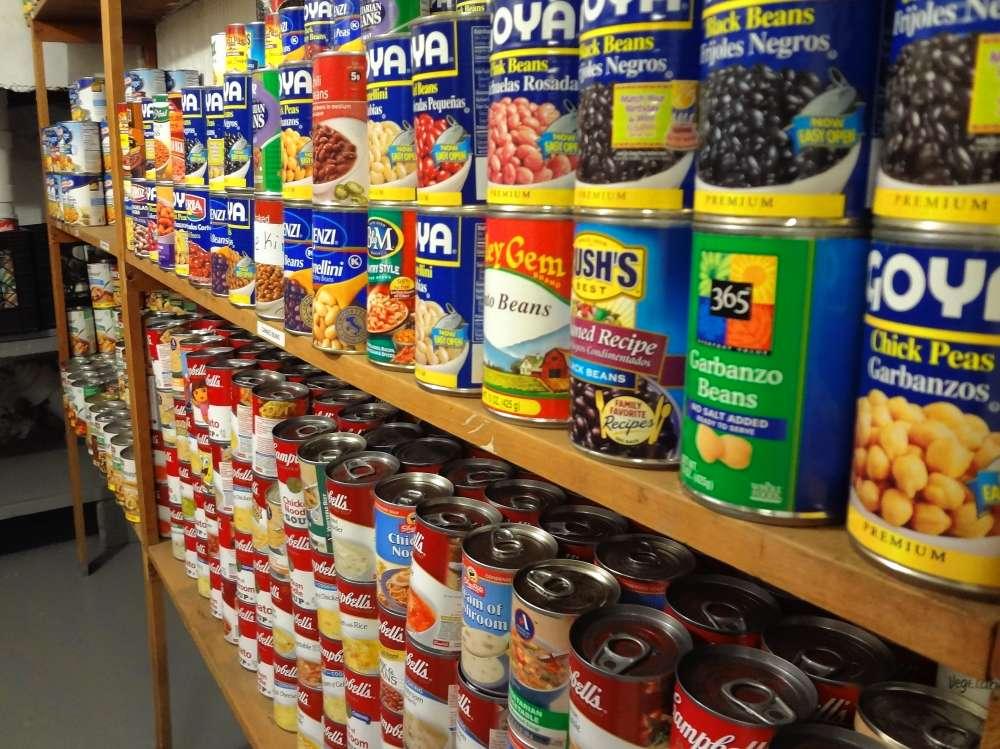 Helping Hands Food pantry
