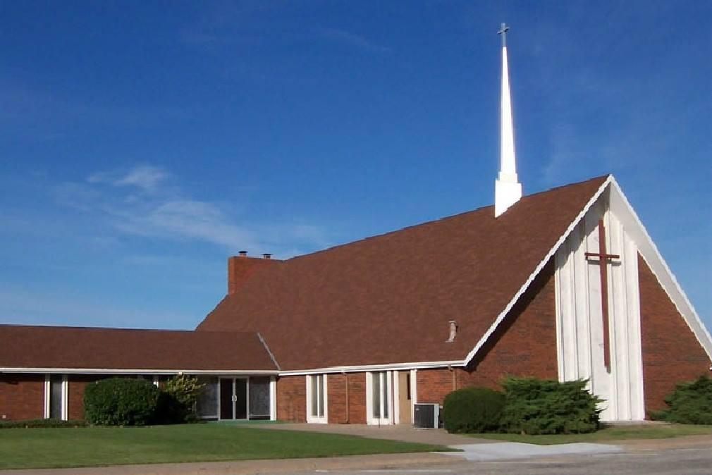 Immanuel United Church of Christ Ellinwood Food Bank
