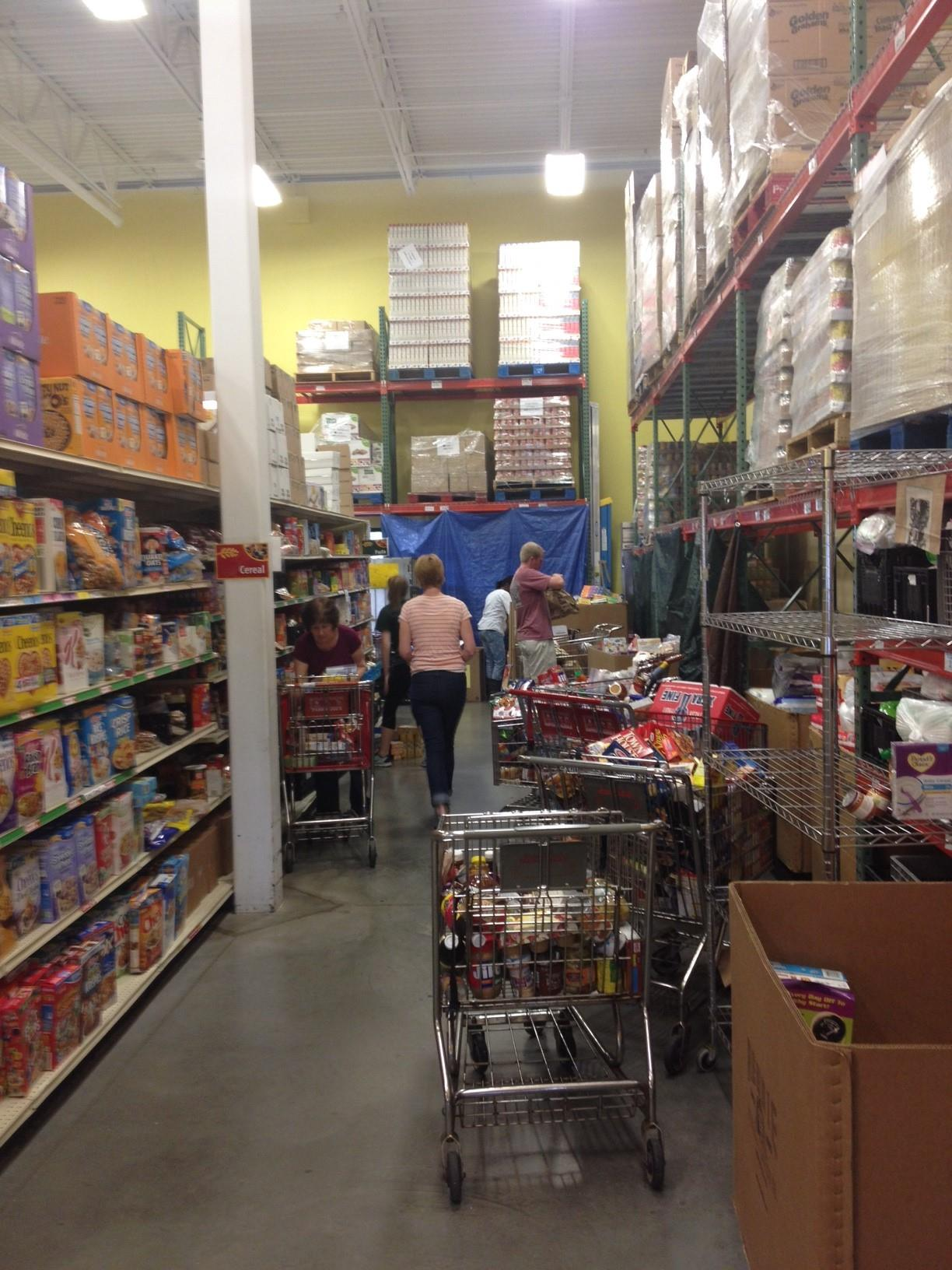Loaves fishes community services foodpantriesorg for Woodridge food pantry il