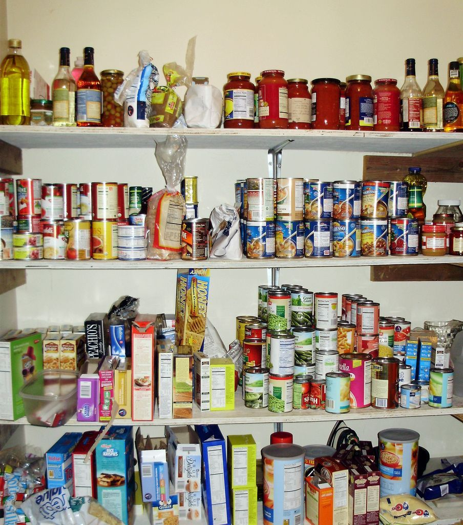 What Do Food Pantries Provide