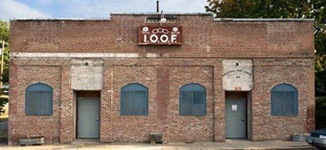 IOOF Lodge 129 - Little Free Pantry